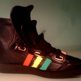 Malcolm Mclaren - 111 tongue trainers Adidas Stripe