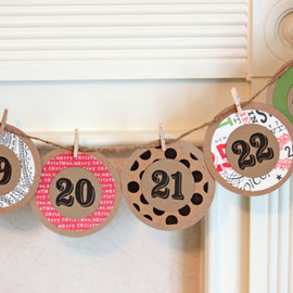 WhenItRainsShop - Christmas Advent Calendar Garland Advent Banner Advent Calendar Christmas Countdown Garland Christmas Banner Kraft Paper Holiday Bunting