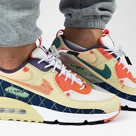 NIKE - Air Max 90 Mountaineering - Team Gold/Total Orange
