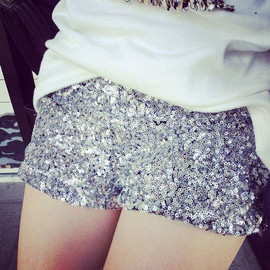 Clubwear Silver Sequins Bling-bling Elastic Mini Short Pants Trouser