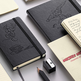 Moleskine - LIMITED EDITION: DRAW WITH MICKEY MOUSE