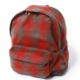 nonnative - STUDENT BACK PACK - WOOL MIX MELTON SHADOW CHECK