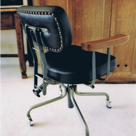 TRUCK - DESKWORK CHAIR