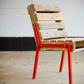 roughsouthhome - Pallet Chair - Steel Legs