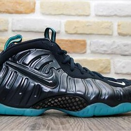 Nike - NIKE AIR FOAMPOSITE PRO DARK OBSIDIAN/DARK OBSIDIAN-BLUE AQUAMARINE