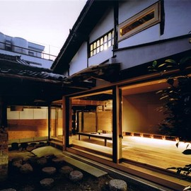 Tadashi Yoshimura Architects - Wood Old House, Nara