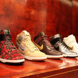 Nike - Sky High Dunk 'City Pack'