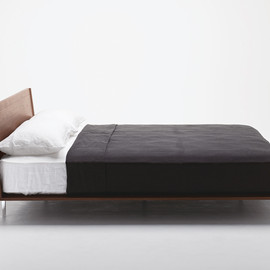 Cassina - CALM bed