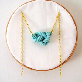 Luulla - Bonds, crochet knot necklace. Nautical knot. Mint green cotton yarn