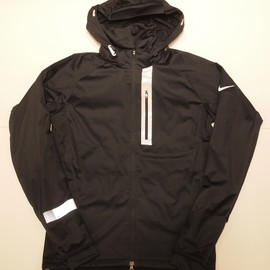 Nike - ELEMENT SHIELD MAX JACKET BLK