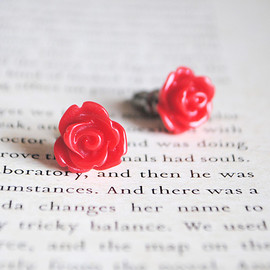 Luulla - Red Rose Stud Earrings, Nickel Free, Flower