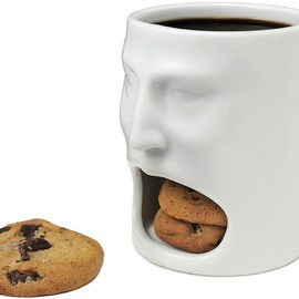 Face Mug w Cookie Cubbie