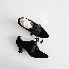 vintage - black velvet booties 7 | velvet oxfords 6.5 | velvet ankle boots