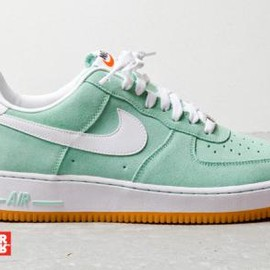 Nike - NIKE AIR FORCE 1 LOW ARCTIC GREEN/WHITE/GUM
