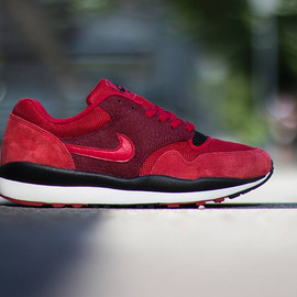 NIKE - Air Safari-Gym Red-Gym Red-Team Red