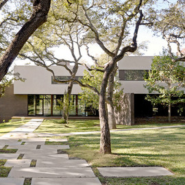 Specht Harpman Architects - 1970's West Lake House Renovation, Texas, USA