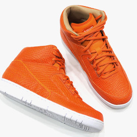 Nike - Air Python - Starfish/Starfish/Total Orange