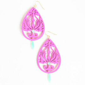 Ostara - Pink Wood Filigree/Milky Green Czech Glass