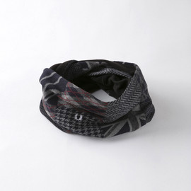 Fred Perry - Patchwork Snood/F9966