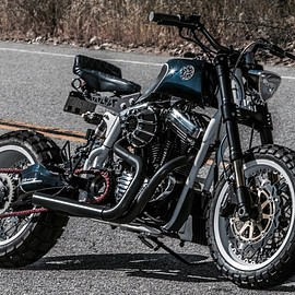 HARLEY-DAVIDSON - Sportster 1200 fully redesigned and custom built by JSK Design
