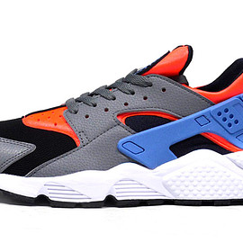 """NIKE - AIR HUARACHE """"LIMITED EDITION for NSW"""""""