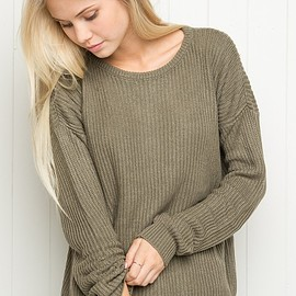 Brandy Melville - OLLIE SWEATER