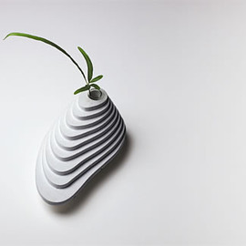 PULL+PUSH PRODUCTS - dan flower vase