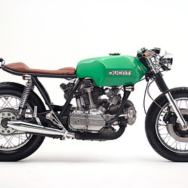 Ducati - 860 GT from Stockholm.