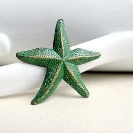 Luulla - Green Brass Patina Starfish Charm Pendant