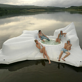 Zoe Walker & Neil Bromwich - Sci-Fi Floating Hot Tub