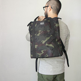 WONDER BAGGAGE - WONDER BAGGAGE / ワンダーバゲージ  Relax sack tote camouflage リラックス ザック トート カモ