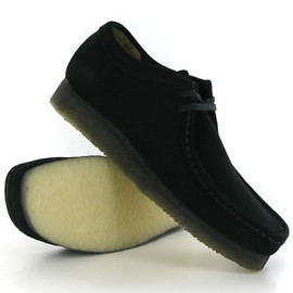 Clarks - Wallabee (Black Suede)