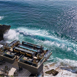 AYANA RESORT BALI INDONESIA - ROCK BAR