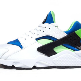 NIKE - AIR HUARACHE LIMITED EDITION for NSW BEST