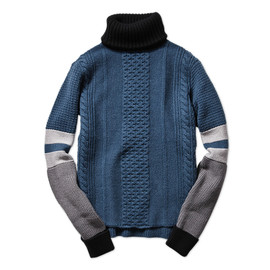 mame - BORDER SLEEVE TURTLENECK SWEATER | MAME 通販