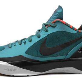 "Nike - Zoom HyperDunk 2011 Low ""Lush Teal"""