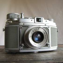 DITTO - Rare Vintage German Camera