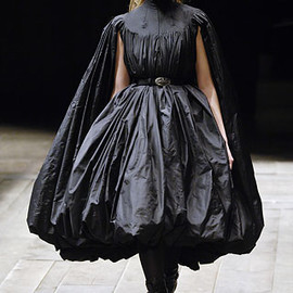 Alexander McQueen - Autumn/Winter2006-7 RTW