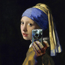 Girl sold the pearl earring and bought a camera.