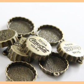 Coca-Cola - Vintage bottle cap charms