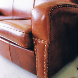 TRUCK - 48. LEATHER SOFA 3-SEATER