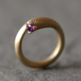 Michelle Chang Jewelry - Open Mouth Snake Ring in Brass with Purple Amethyst and Diamonds