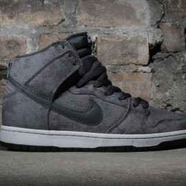 NIKE SB - NIKE SB DUNK HIGH PRO NEUTRAL GREY/ANTHRACITE-ANTHRACITE