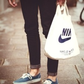 Nike - mens style with nike tote