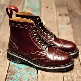 Beams x Dr. Martens - 7-Eye Brogue Boot