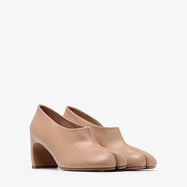 MAISON MARGIELA - Tabi Leather Pumps