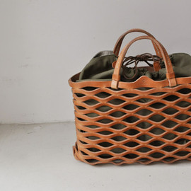 Teha'amana - Leather Mesh Tote