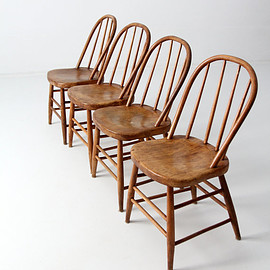 vintage - antique spindle bow back chair set of 4, wood dining chairs