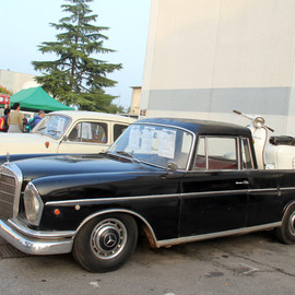Mercedes-Benz - 300SE Pic-up