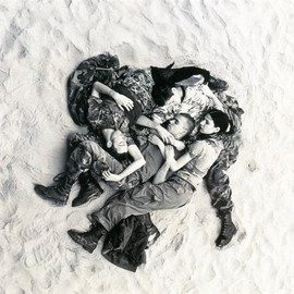 WOLFGANG TILLMANS - Lutz, Alex, Suzanne, Christoph on Beach, 1993